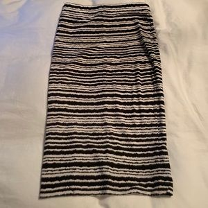Pencil skirt - size 6